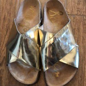 Sam Edelman Shoes - Sam Edelman GOLD slip on sandals
